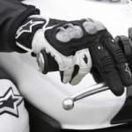 Tipos de guantes de moto en Motoralia